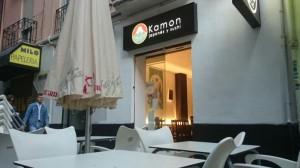 Terraza de Kamon, restaurante japonés en Valencia